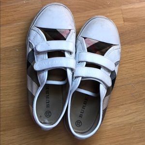 Burberry authentic sneakers